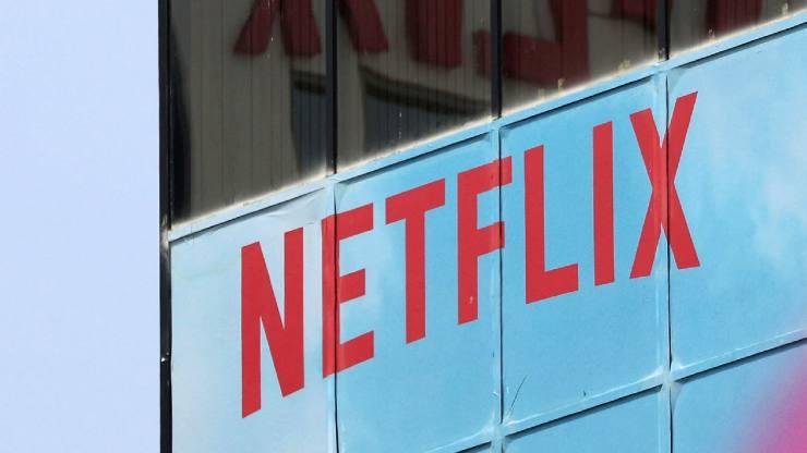 Netflix, consider the convertible bond