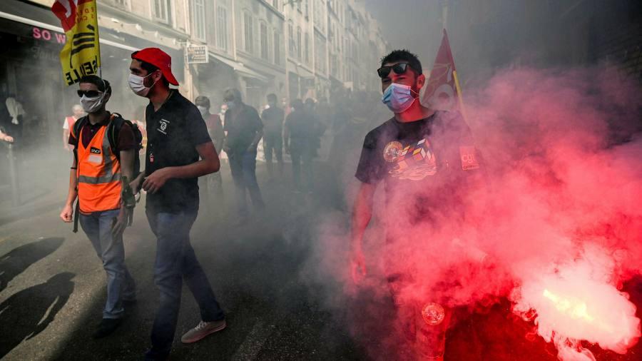 Emmanuel Macron faces return of strikes in France