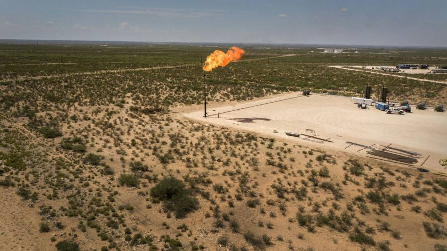 Permian gas pollution halves in upside of oil crash
