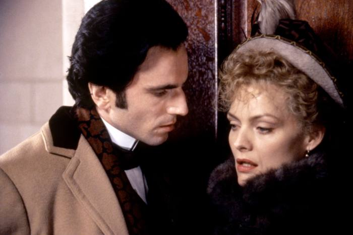 Pfeiffer in The Age of Innocence with Daniel Day-Lewis