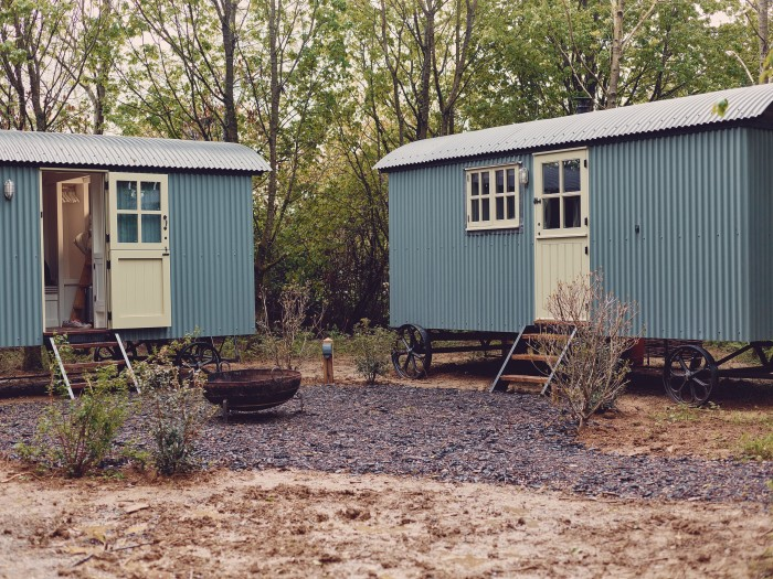 Huts alongside the Oxfordshire studio will allow visiting artists to stay over