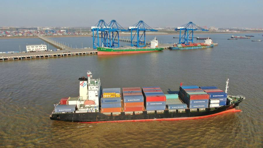 China trade surplus breaks record monthly level – Financial Times