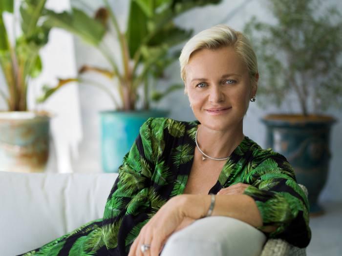 Dr Barbara Sturm