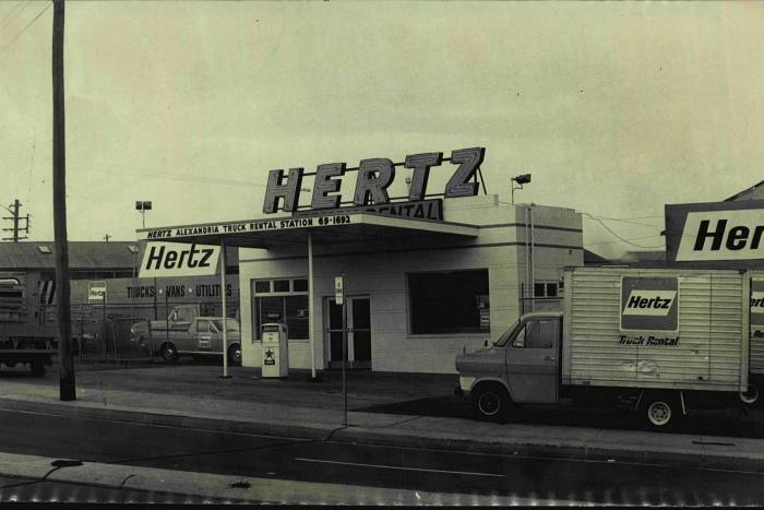 A Hertz rental station in 1971, two years before an oil crisis prompted the company to load up on debt to replace its fleet of gas-guzzling vehicles - a gamble that proved wildly successful