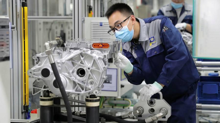 Các công ty chuẩn bị cho một cuộc 'tách biệt có chọn lọc' với Trung Quốc