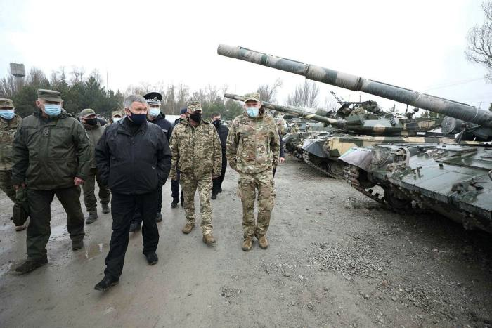 Ukrainian Interior Minister Arsen Avakov visits National Guard soldiers participating in military exercise in Mariupol
