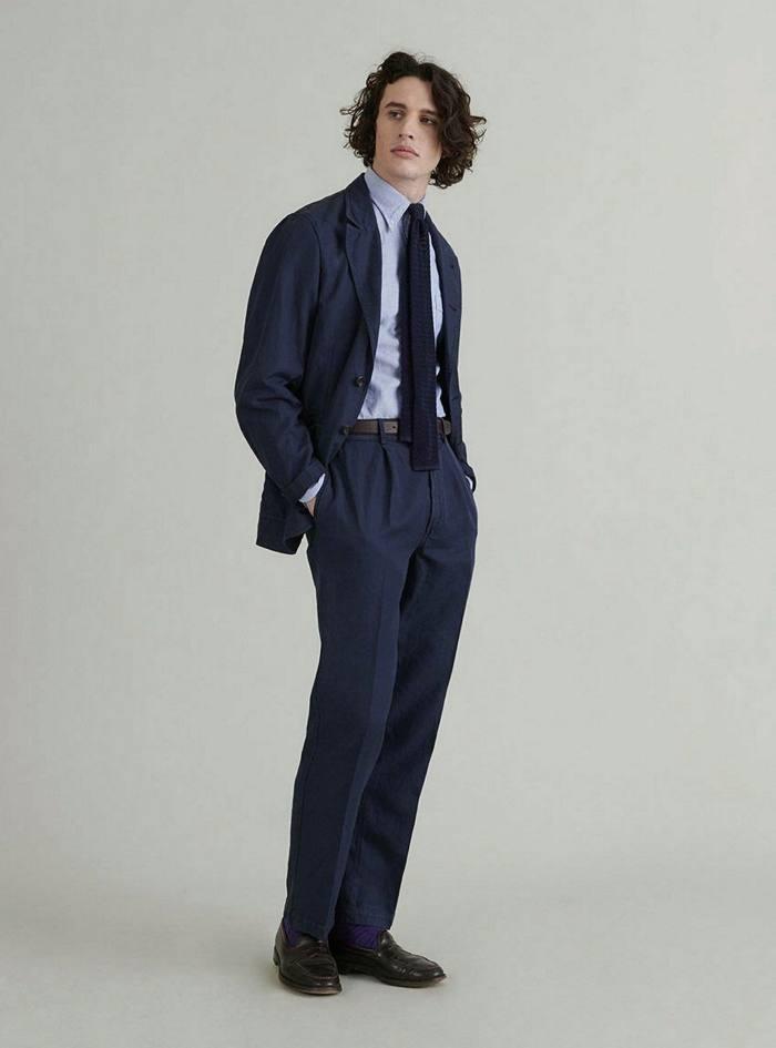 Blazer de jeux Drake's en coton et lin bleu marine foncé Mk II, 595 £, drakes.com