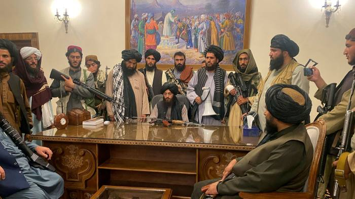 Taliban forces pour into Kabul after president flees Afghanistan | Financial Times