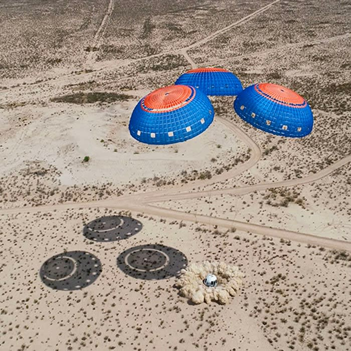 New Shepard capsule lands in the West Texas desert  - https 3A 2F 2Fd1e00ek4ebabms - Jeff Bezos's Blue Origin says it will take a civilian to space in July