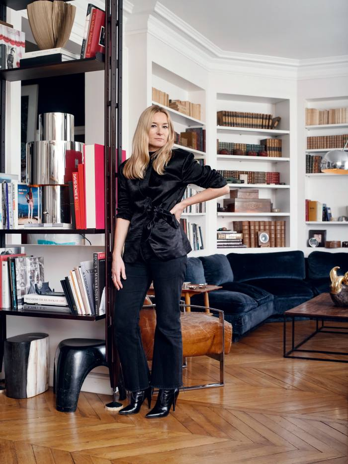 Designer Julie de Libran is a woman with refined good taste. While her clothes essay the essential feminine, she's a traditionalist in the shelving department, lining her walls with uniform editions of hard-backed antiquarium treasures