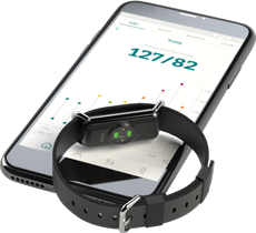 Aktiia automatically records and analyses blood pressure and heart rate readings