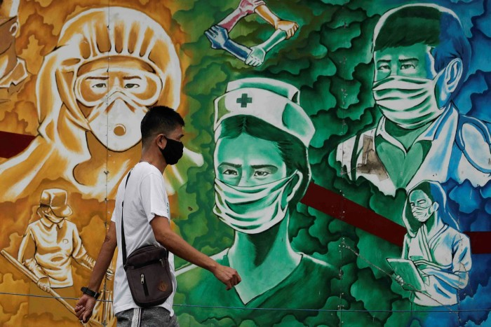 A mural honours healthcare workers in Metro Manila