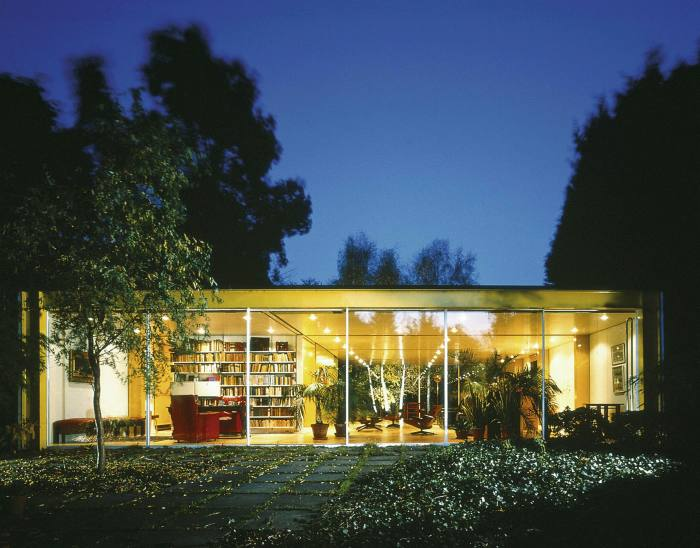 Architect Richard Rogers built this house in Wimbledon, south London, for his parents: it blurs the lines between indoors and out