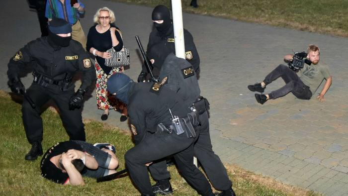 Belarus rocked by police violence after election protesters take to streets