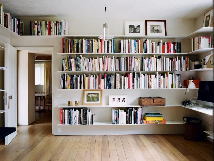 Architectural designer John Pawson designed hisown bookcase