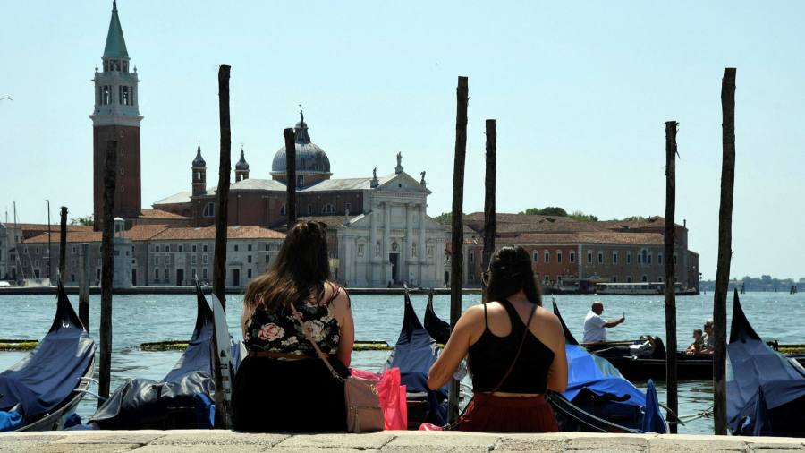 Spanish and Italian services sector rebound persists but Delta fears intensify