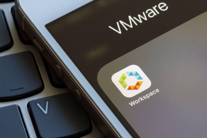 2BAGB91 VMware Workspace ONE mobile app icon closeup. It allows IT administrators to control end users' mobile devices and cloud-hosted virtual desktop & apps.