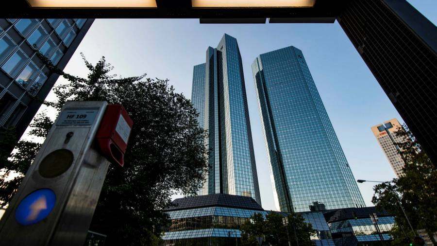 Deutsche probes alleged mis-selling of investment banking products - Financial Times