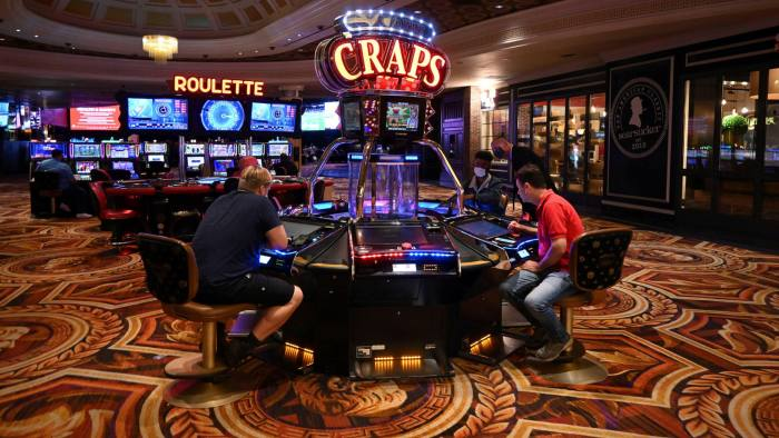 A cautionary Vegas casino tale of corporate gamblers | Financial Times