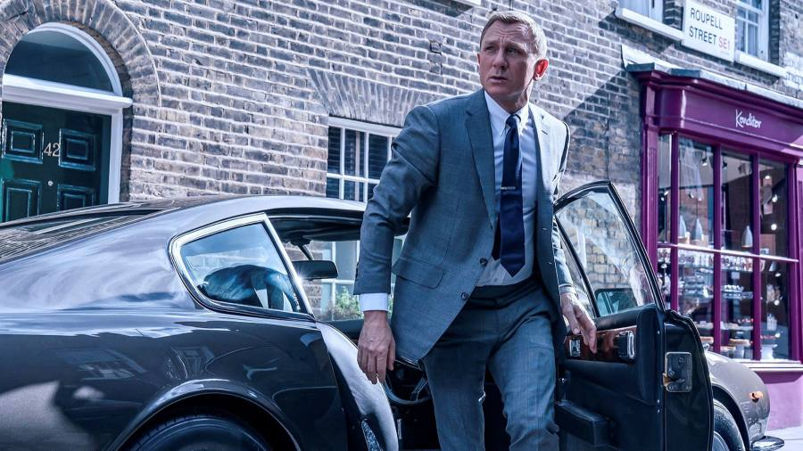 James Bond's suits — the Spectre of tight tailoring