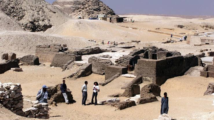 The Egyptian campus that wasn't