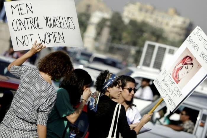 Mujeres egipcias protestan contra el acoso sexual en El Cairo en junio de 2014 © Amr Nabil / AP