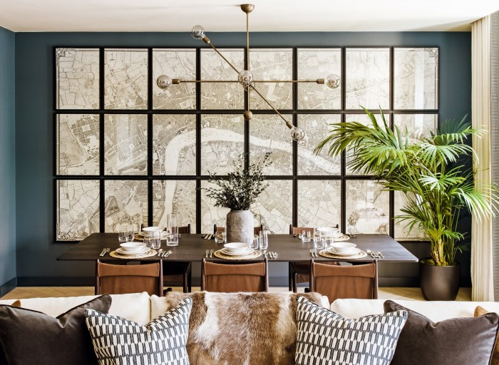 A dining room in 80 Holland Park, London