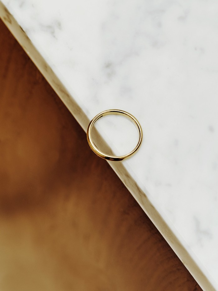 Trotter's grandmother's gold wedding band