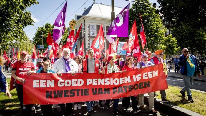 Clock ticks louder as Netherlands' pension crisis intensifies