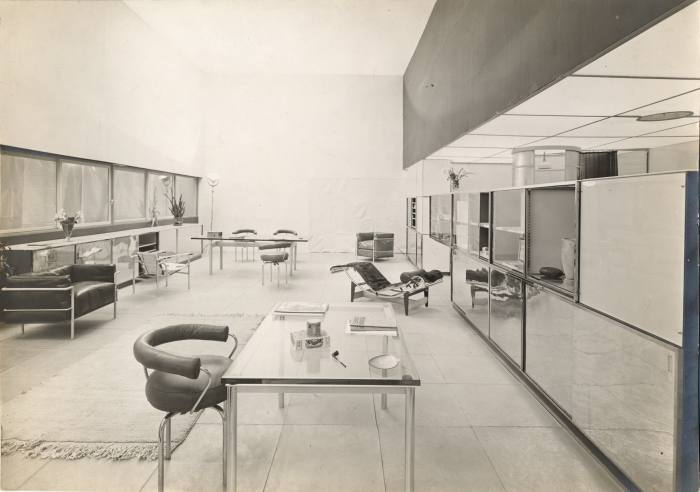Perriand's collaboration with Le Corbusier and Pierre Jeanneret for the 1929 Salon d'Automne