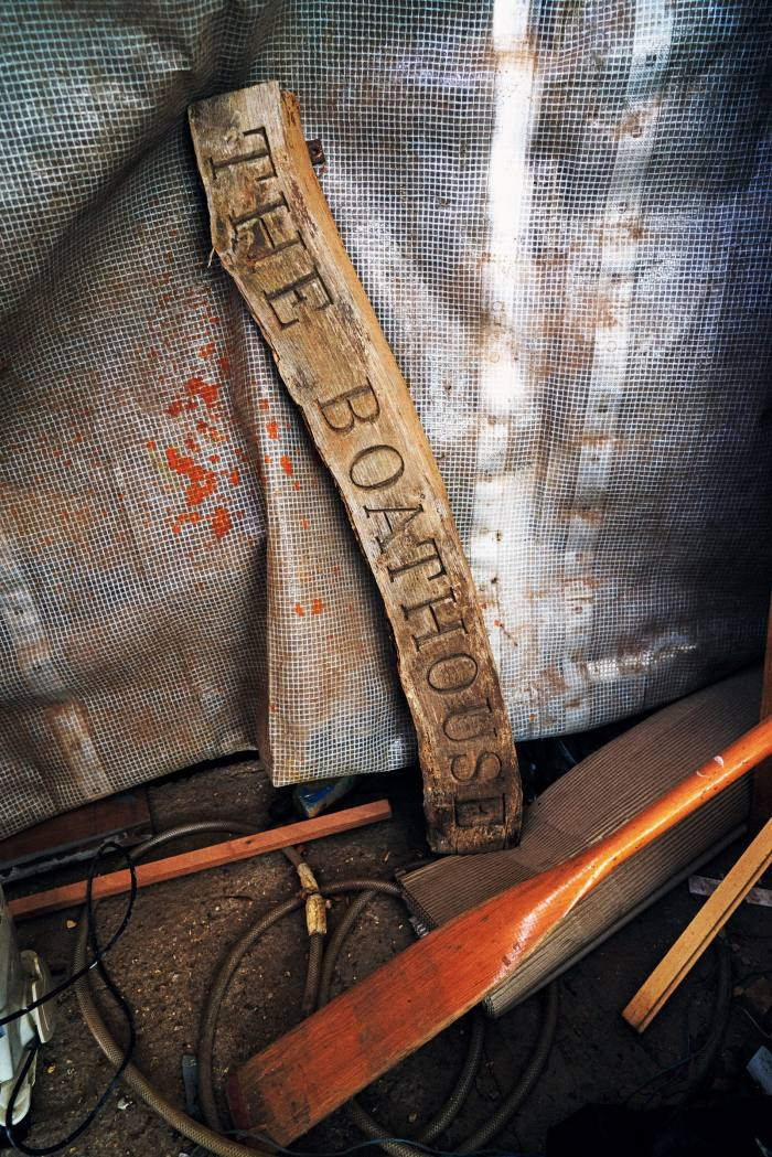 The old name board for the Boathouse, aconverted warehouse in theElephant Boatyard built in the early 1900s
