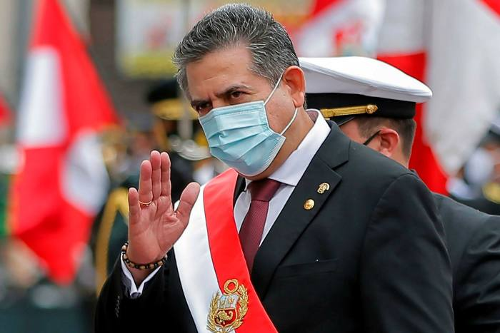 Peru's new president Manuel Merino  tried to persuade the armed forces to back a previous attempt to oust Mr Vizcarra