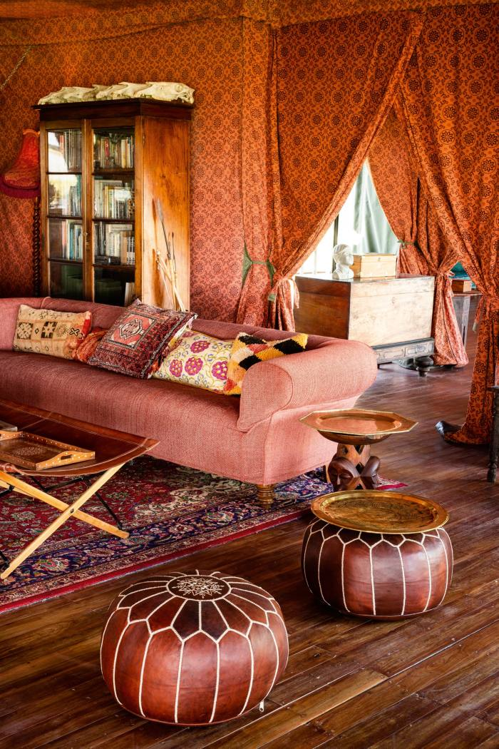 Private lounge area in a Jack'sCampguest tent