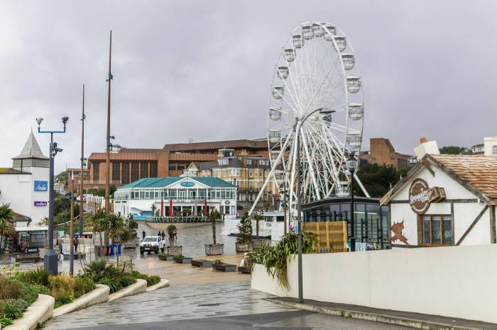A deal for 'smart place' services supplied by Alibaba to the  English town of Bournemouth was aborted at the last minute