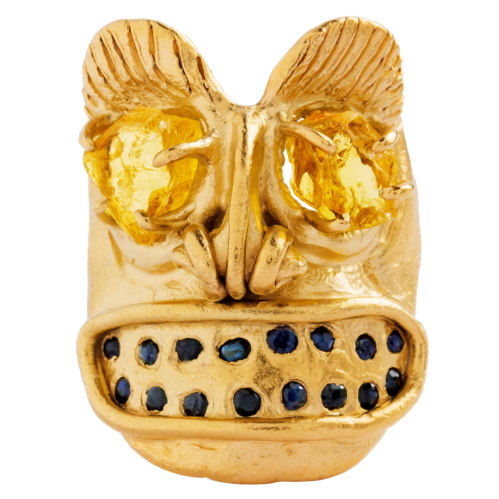 Oraïk 22ct-gold, yellow beryl and sapphire Clairvoyant ring, €6,200