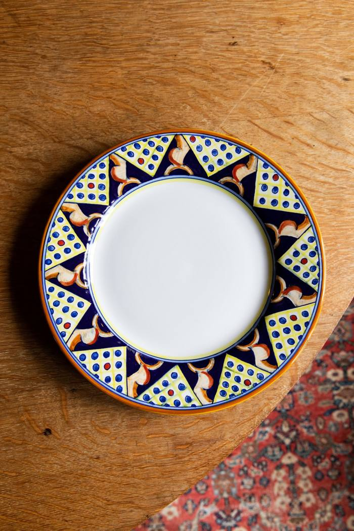 A plate Rosenthal designed with ceramicists Franco and Rita Mari