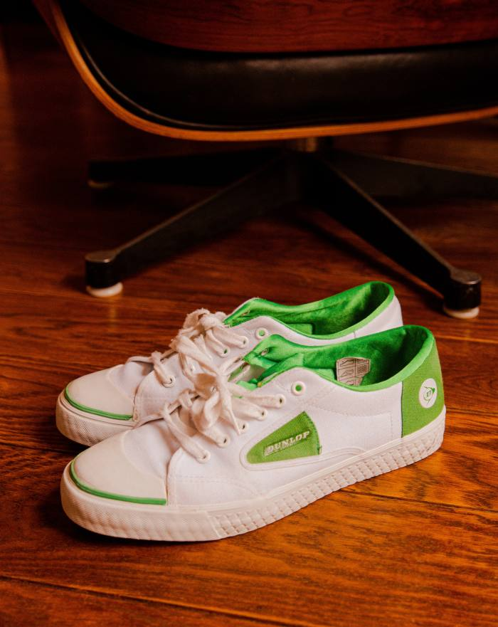 The best gift that Gabard gave recently: Dunlop Green Flash sneakers
