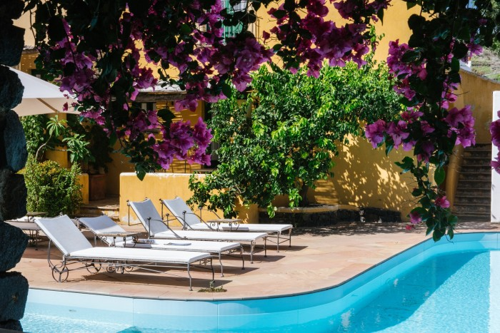 """The """"grooviest"""" place to stay on Salina: Hotel Signum"""