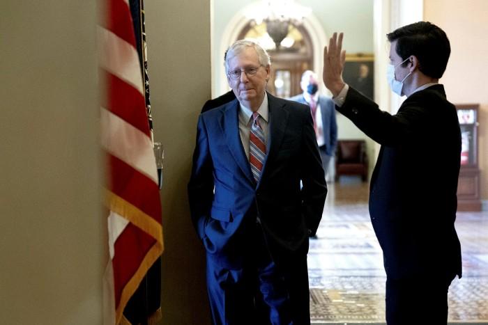 Mitch McConnell, leier van die minderheid in die senaat