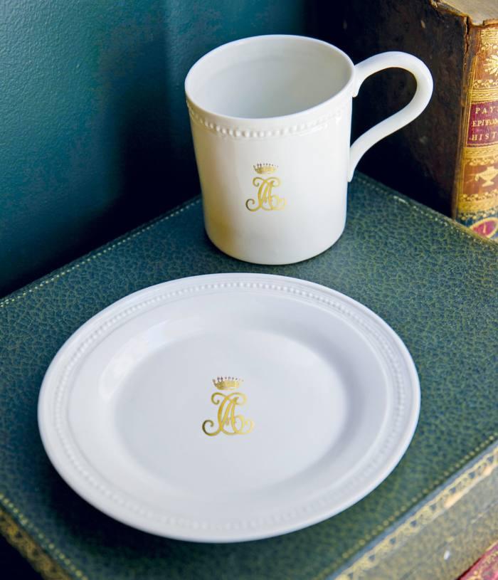 Alix DReynis Louis XVI porcelain