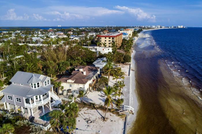 Fort Myers, en Floride, attire des gens de Californie, gonflant les prix locaux jusqu'à deux fois leur valeur il y a quelques années