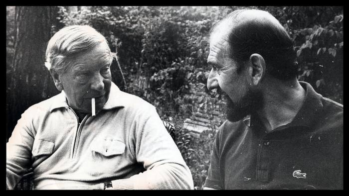 Blake with Kim Philby in 1975; the two men did not get on well, and Blake was scornful of his fellow exile's failure to adapt to life in the USSR