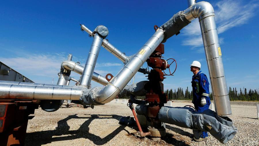Cenovus snares Li Ka-shing's Husky Energy in $7.8bn deal