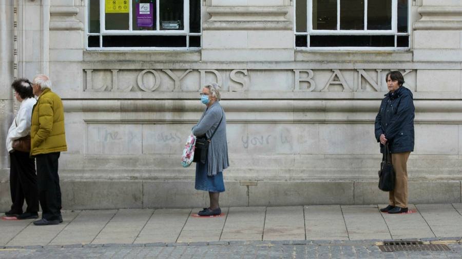 Bank overdraft charges soar up to 49.9% in UK
