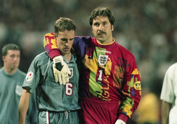 David Seaman consoles Gareth Southgate after his miss during the penalty shootout at the 1996 Euros semi-finals