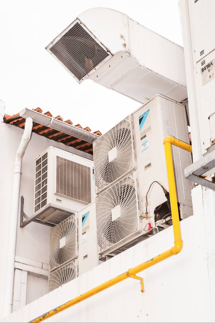 AC units in Tanjong Pagar, a neighbourhood within the CBD (central business district)
