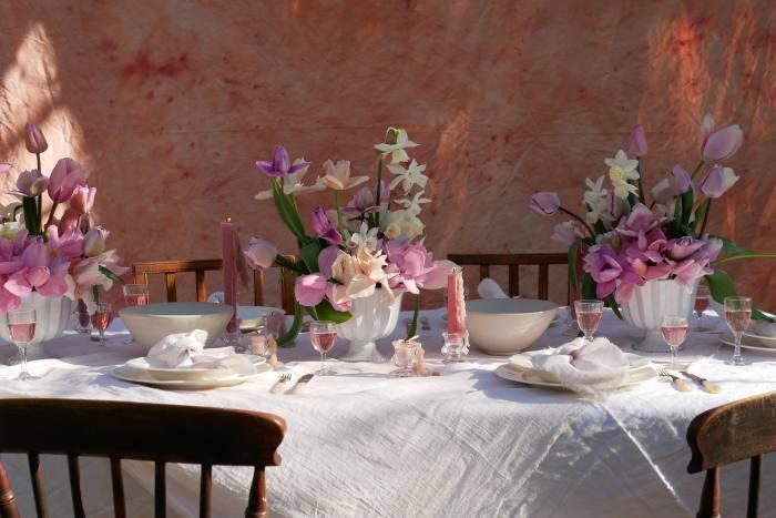 Kitten Grayson's Pink Moon-inspired tablescape