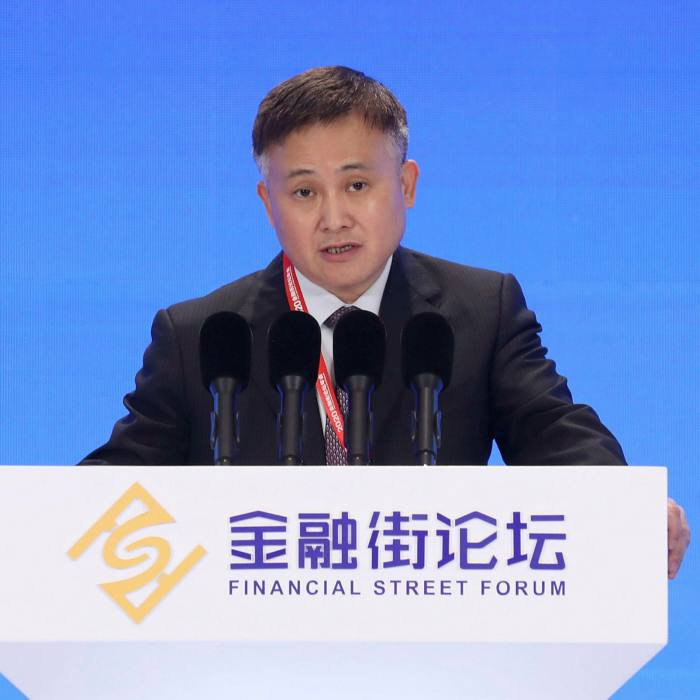 People's Bank of China vice-governorPan Gongsheng tried to calmjittery entrepreneurs when he said the central bank was 'unshakeable' in its commitment to 'protect property rights and promote entrepreneurship'