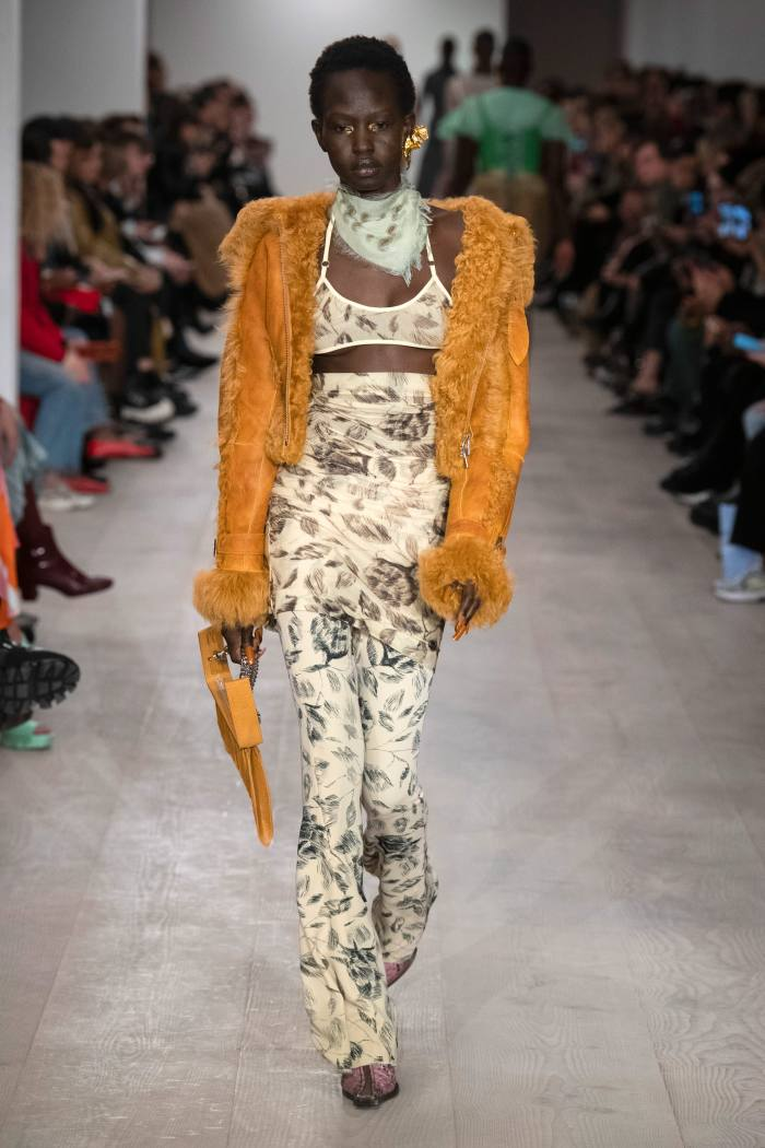 Charlotte Knowles a/w 2020 runway