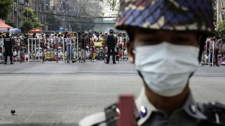 Coup in Myanmar: growing protest movement defies the military